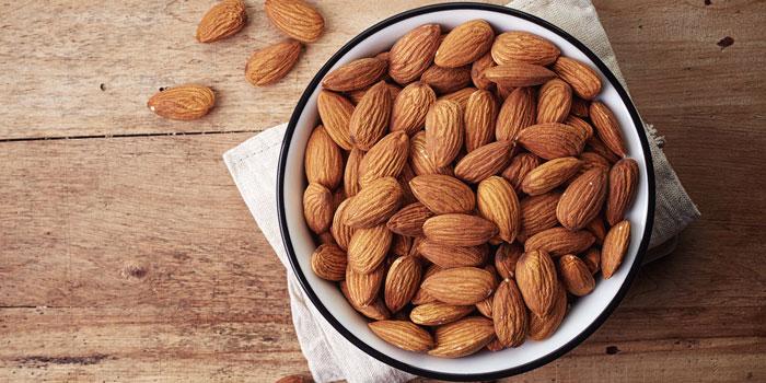 Manfaat Almond Untuk Mempertajam Otak