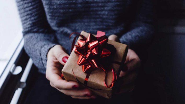 Pentingnya Memberikan Hadiah Kepada Anak