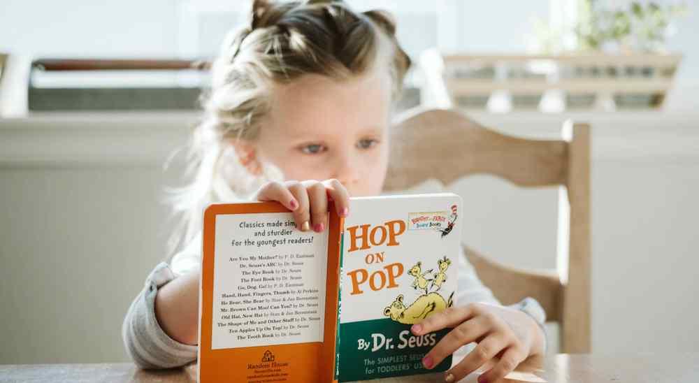 Membaca Dapat Menambah Pengetahuan