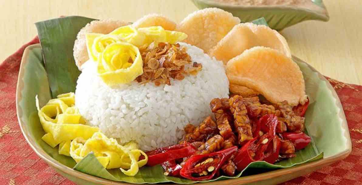 Memasak Nasi Uduk di Rice Cooker