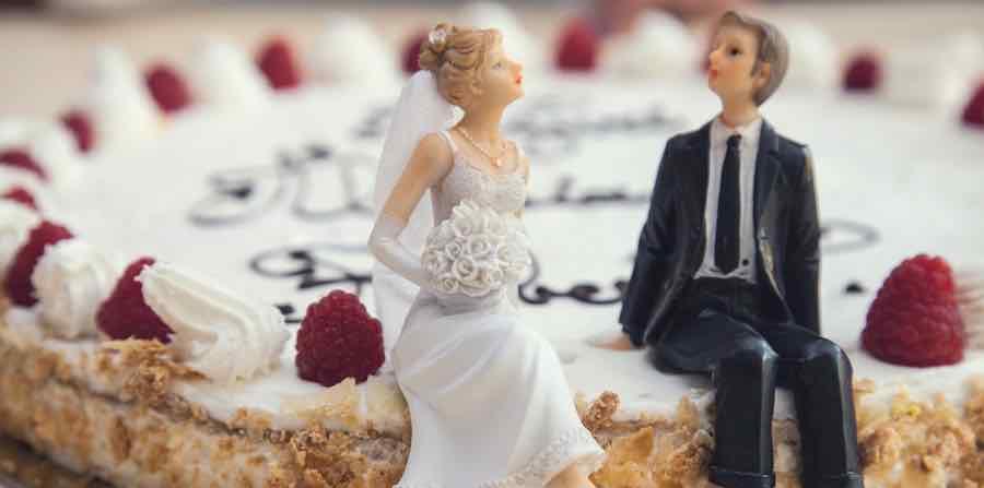 Jangan Menikah Karena Desakan Usia
