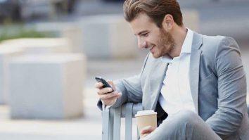 Tips Mendekati Wanita Lewat Obrolan Chat