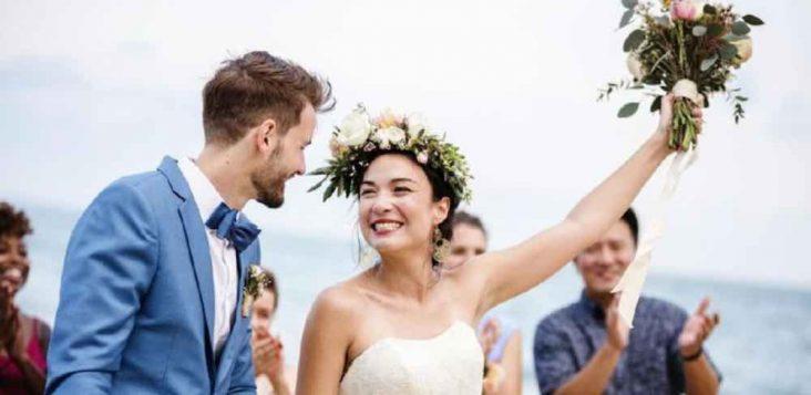 Keseruan Yang Dialami Pasangan Muda Dalam Rumah Tangganya