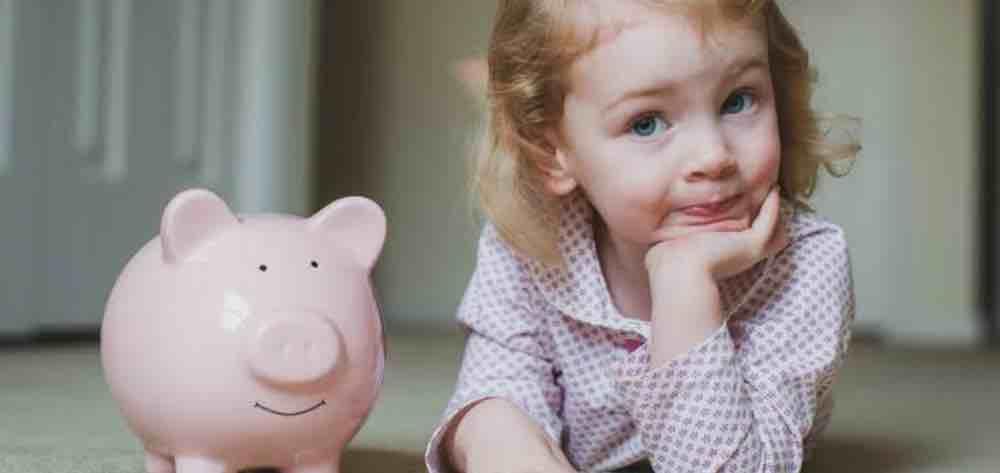 Mengajarkan Anak Mengatur Keuangan