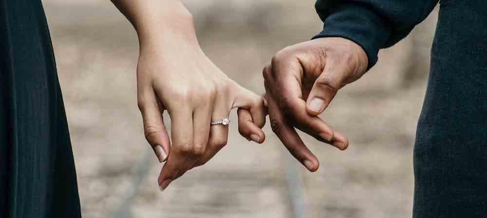 Waspadai Orang Yang Buru-Buru Menikah