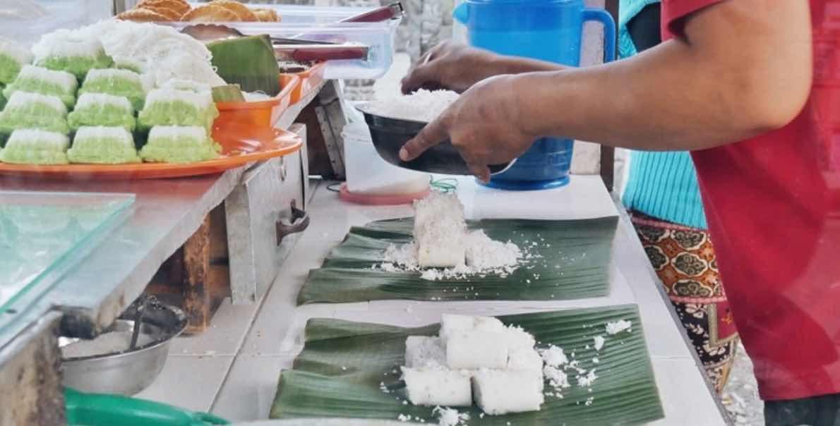 Kue Putu Bambu Medan