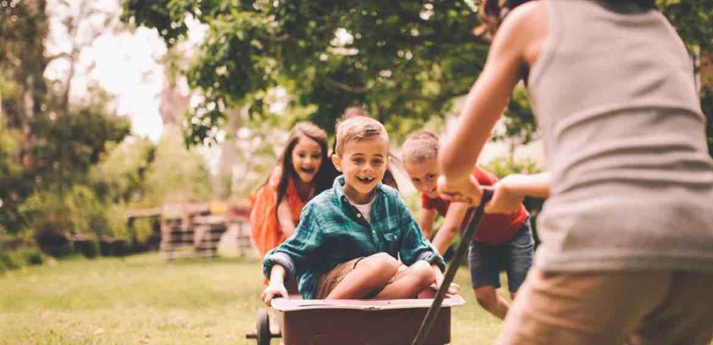 Membuat Aktivitas Menyenangkan Untuk Anak