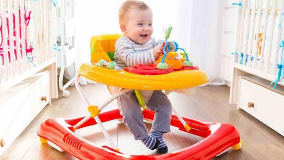 Menghindari Penggunaan Baby Walker