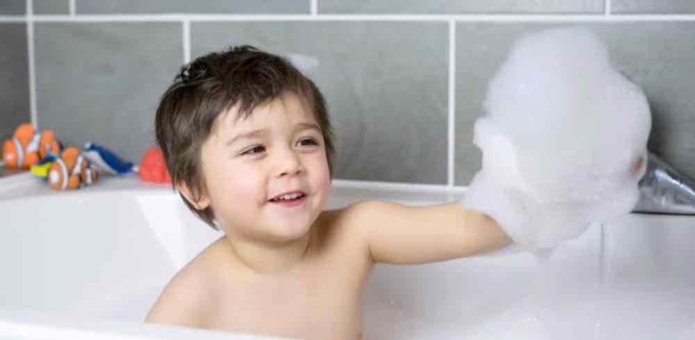 Menjaga Kebersihan Pada Anak