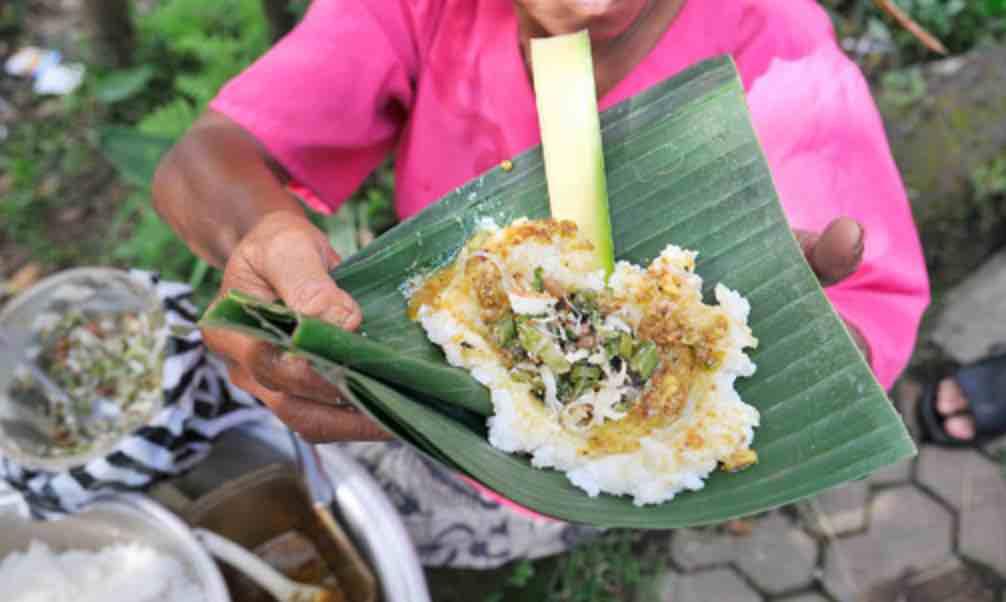 Nasi Tepeng Bali