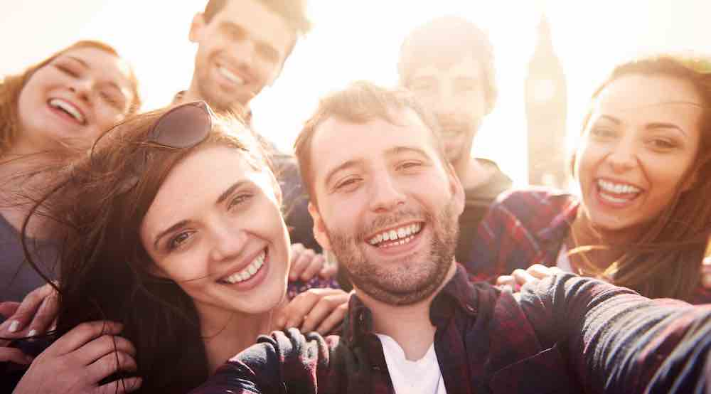 Support System Membantu Menemukan Kebahagiaan