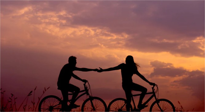 Memiliki Bahasa Sendiri Dalam Hubungan