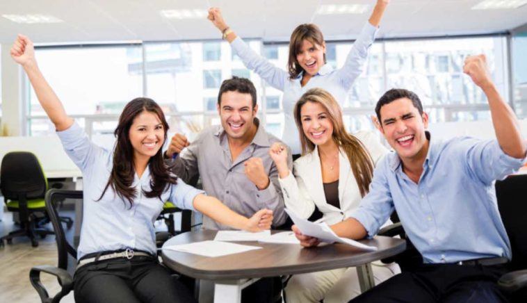Cara Memotivasi Karyawan