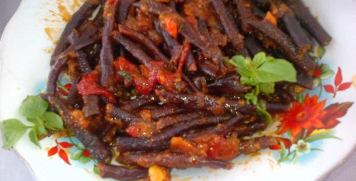 Makanan Khas Papu Cacing Laut