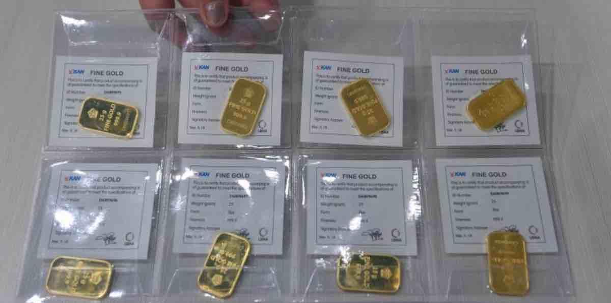 Membandingkan Harga Emas