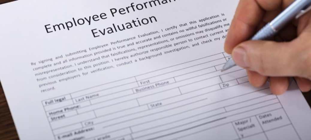 Melakukan Evaluasi Kerja Untuk Karyawan