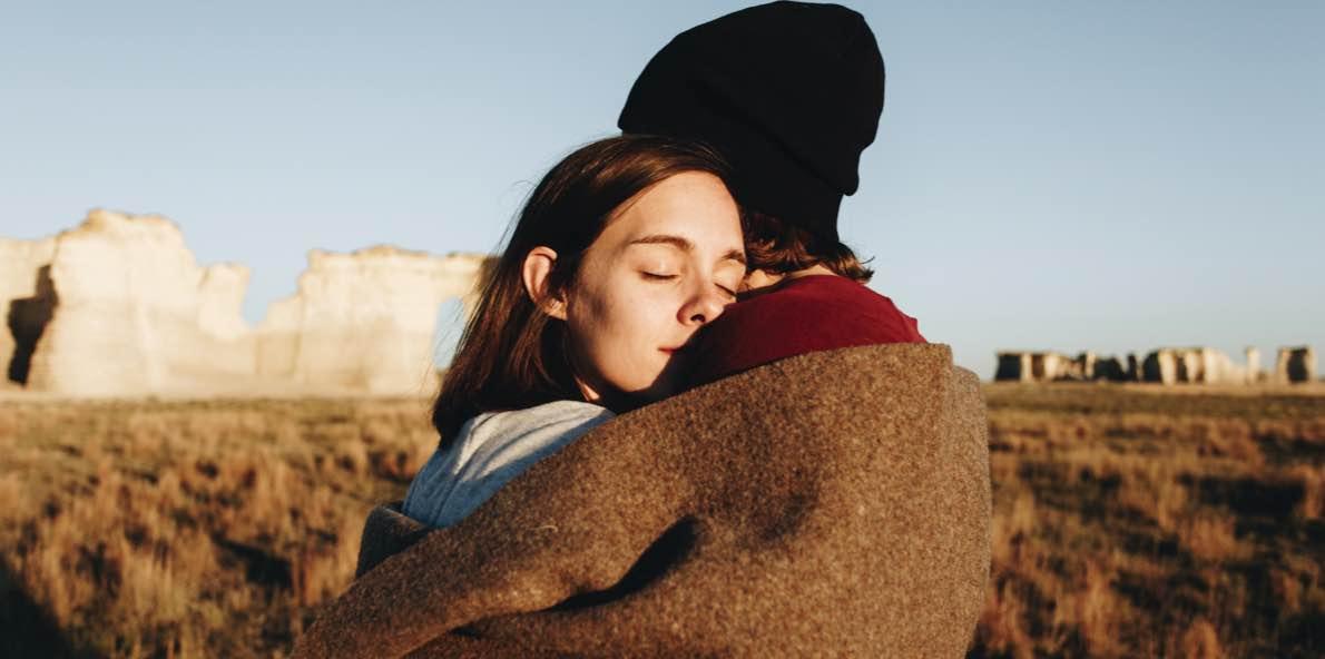 Cara Menerima Masa Lalu Pasangan