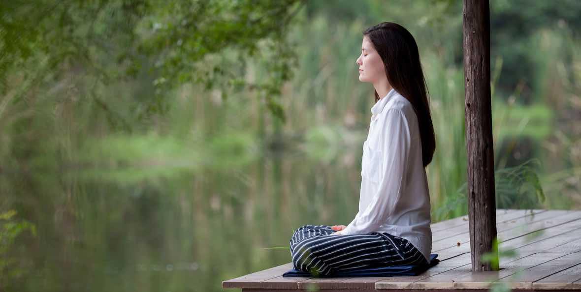 Rutin Melakukan Meditasi