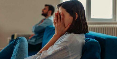 Perkataan Suami Yang Membuat Istri Menangis